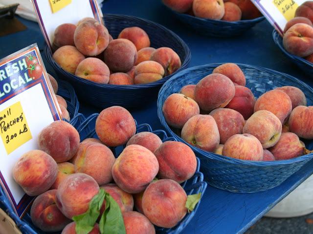 Local+Peaches.jpg