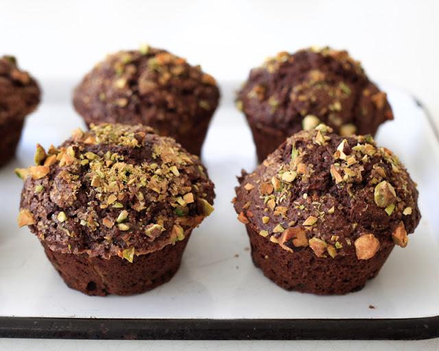 chocolate+zucchini+muffins+2.jpg