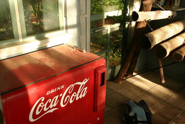 coke+machine.jpg