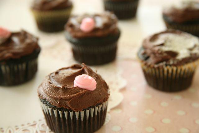 Emergency chocolate cake/cupcakes