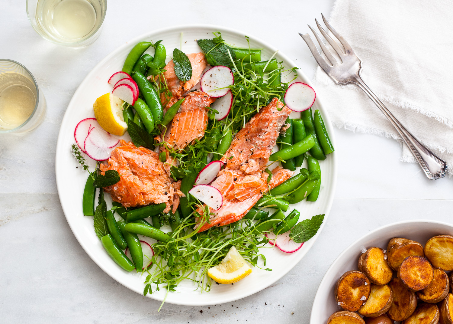 Blogpost Salmon with greens.jpg