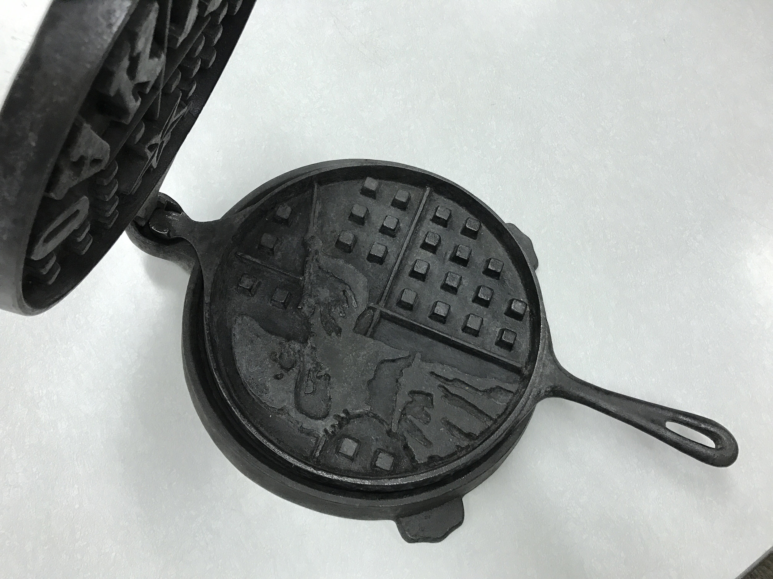 Annie Oakley Waffle Maker (2010)  Graphic Cast Iron Waffle Maker