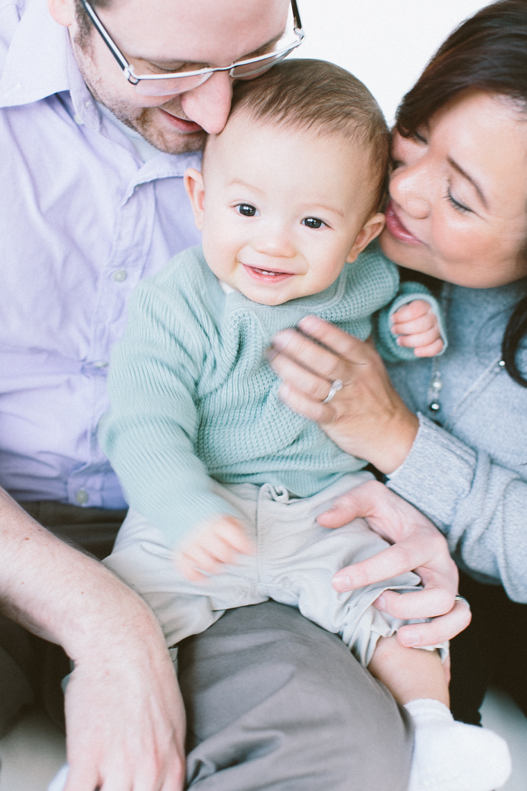 seattle-family-photographer-jennifer-tai-studio-family-pictures-martions001.jpg