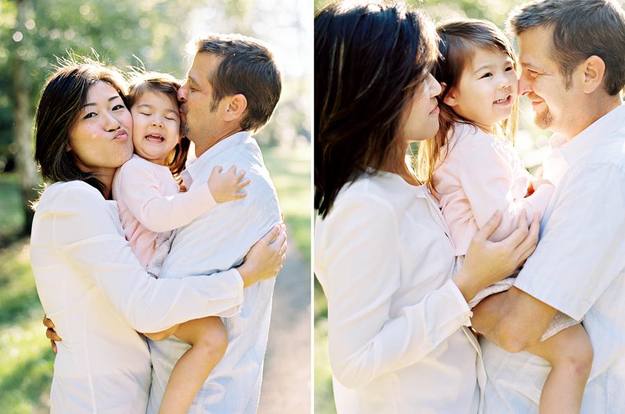 seattle-family-photographer-helena-and-family-at-washington-arboretum001.jpg