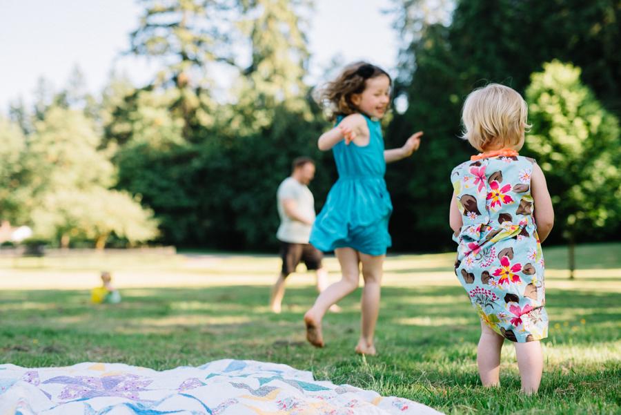 redmond-family-photographer-jenn-tai-coles-family-session-at-farrel-mcwhirter-farmjtpa00499.JPG