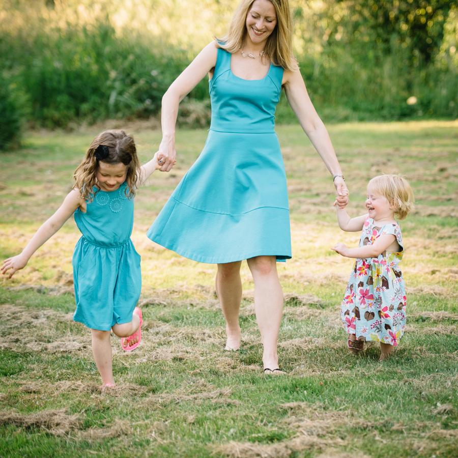 redmond-family-photographer-jenn-tai-coles-family-session-at-farrel-mcwhirter-farmjtpa00500.JPG