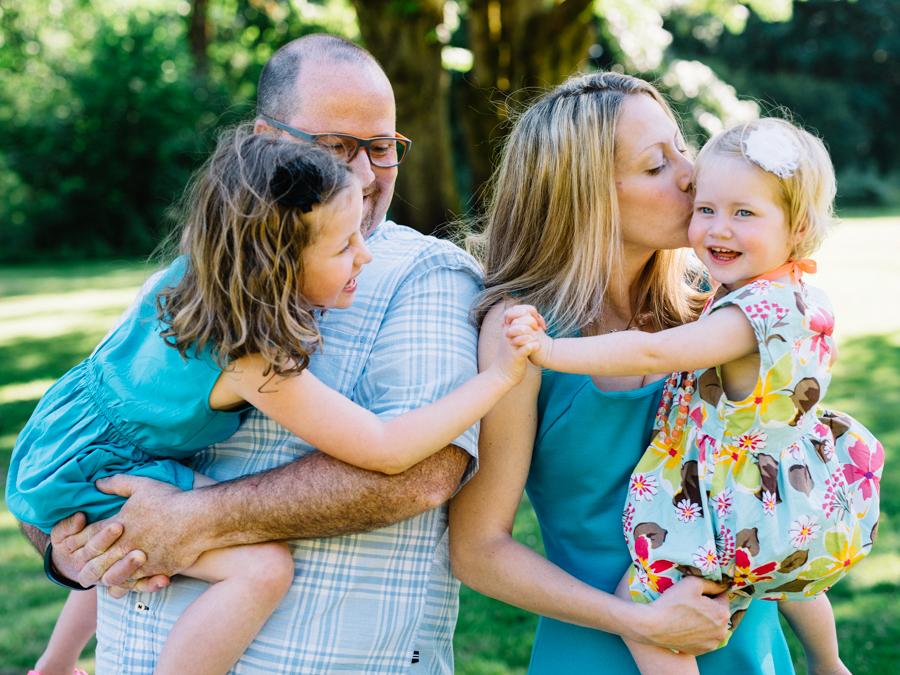 redmond-family-photographer-jenn-tai-coles-family-session-at-farrel-mcwhirter-farmjtpa00501.JPG