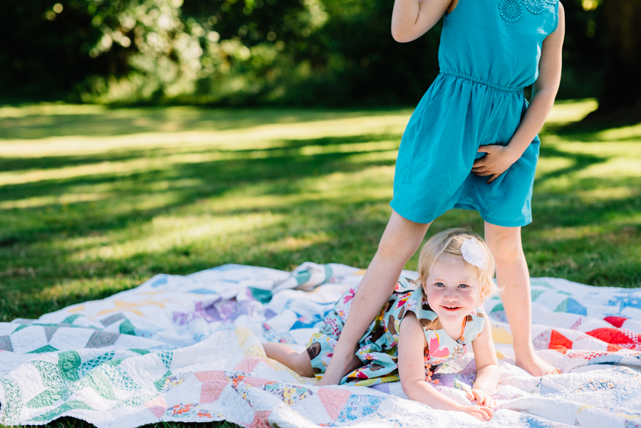 redmond-family-photographer-jenn-tai-coles-family-session-at-farrel-mcwhirter-farmjtpa00502.JPG