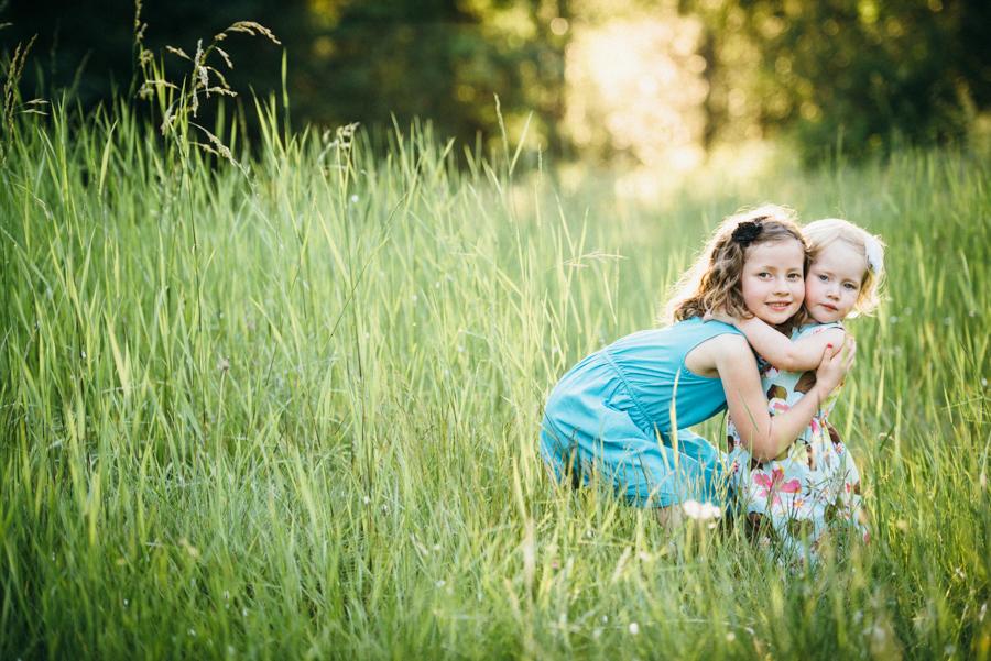 redmond-family-photographer-jenn-tai-coles-family-session-at-farrel-mcwhirter-farmjtpa00511.JPG