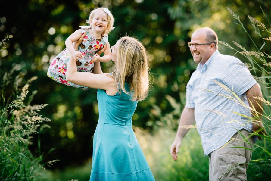 redmond-family-photographer-jenn-tai-coles-family-session-at-farrel-mcwhirter-farmjtpa00516.JPG