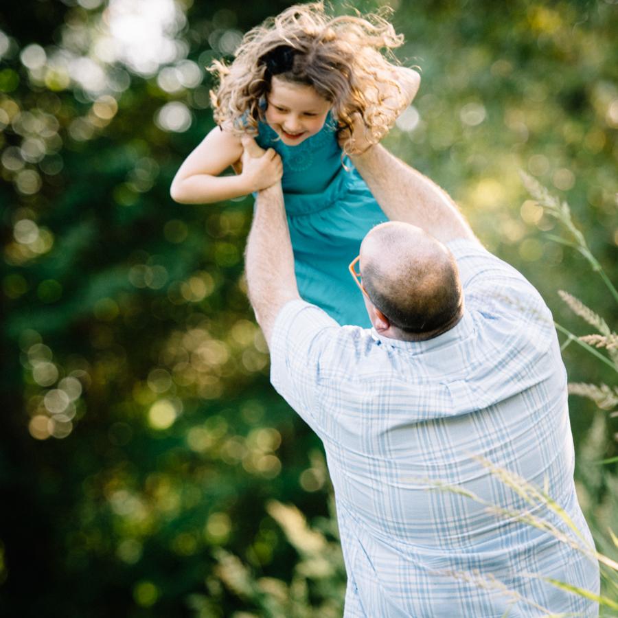 redmond-family-photographer-jenn-tai-coles-family-session-at-farrel-mcwhirter-farmjtpa00515.JPG