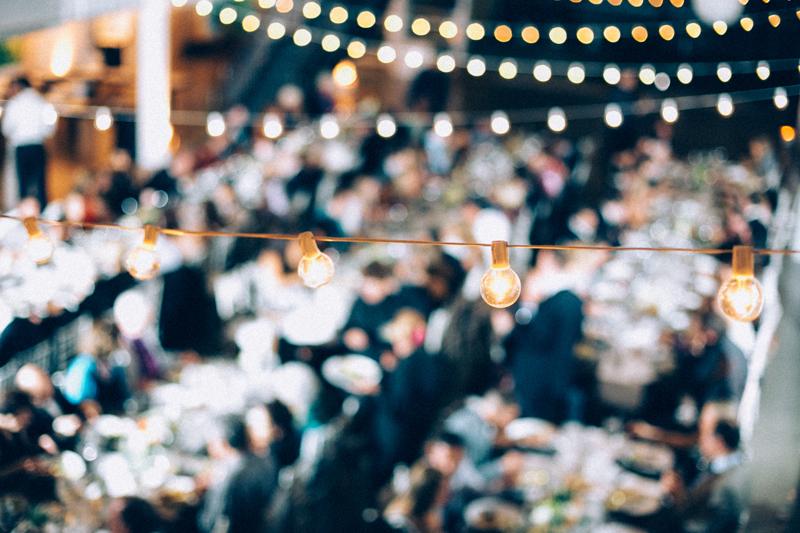 bash-studio-boston-wedding-bistro-lights