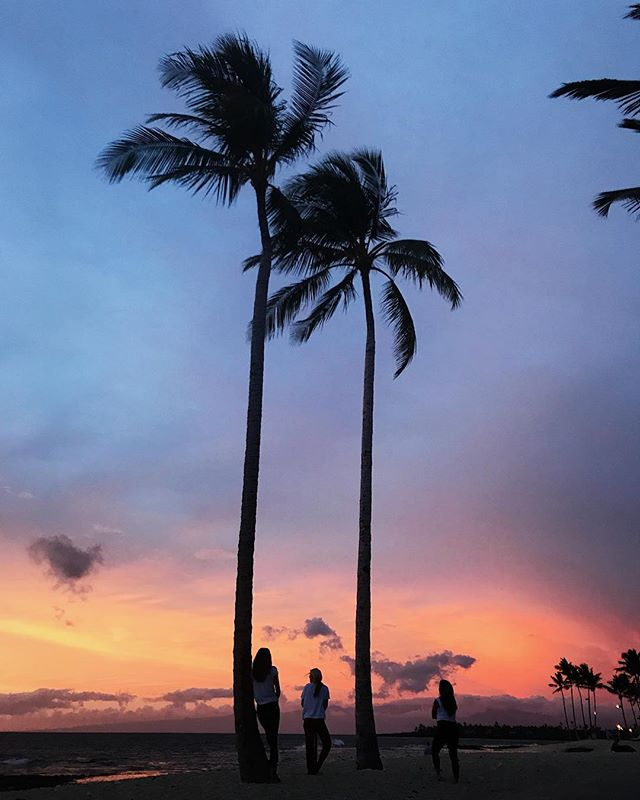 @fshualalai always has the best sunsets. First night back and I already feel at home 💕