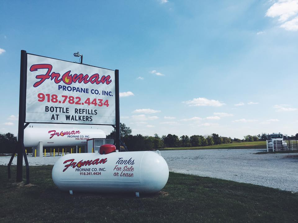 FROMAN PROPANE // LOCATION IDENTITY SIGNAGE   PYLON SIGNAGE OUTDOOR GRAPHICS ENVIRONMENTAL GRAPHICS BRANDING MARQUEE PROMOTIONAL GRAPHICS