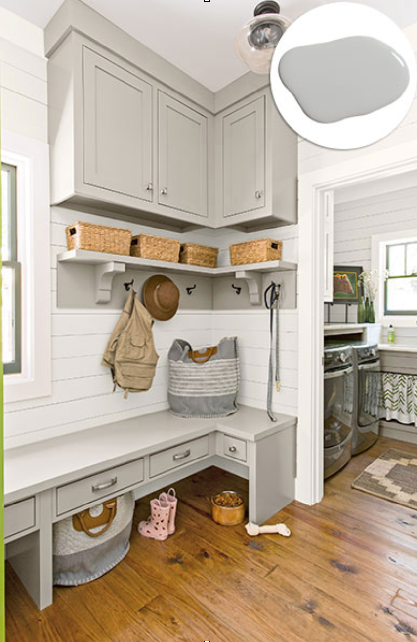 -  Optimize your space: A mudroom tucked into a corner