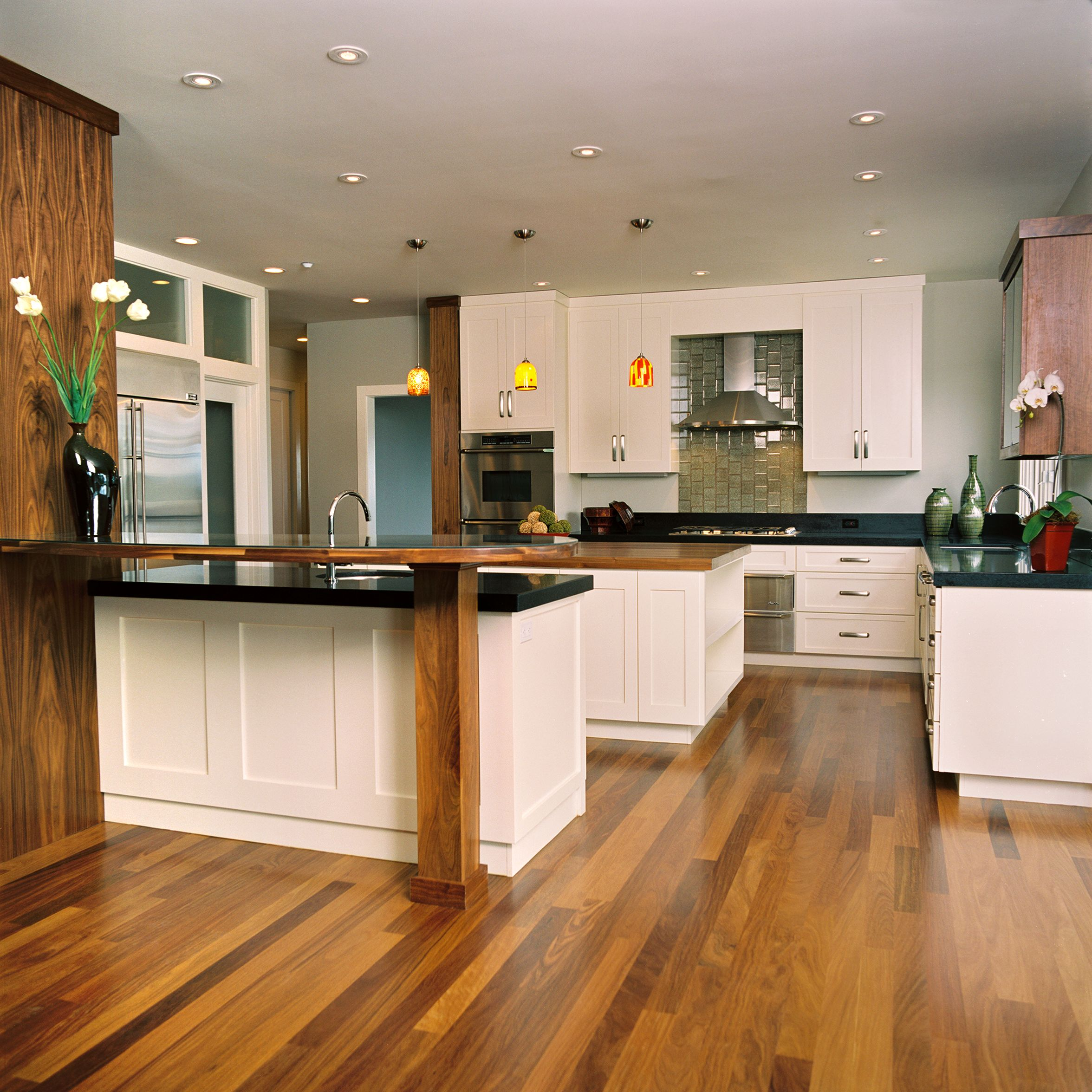 white cabinet kitchen pendant island lighting