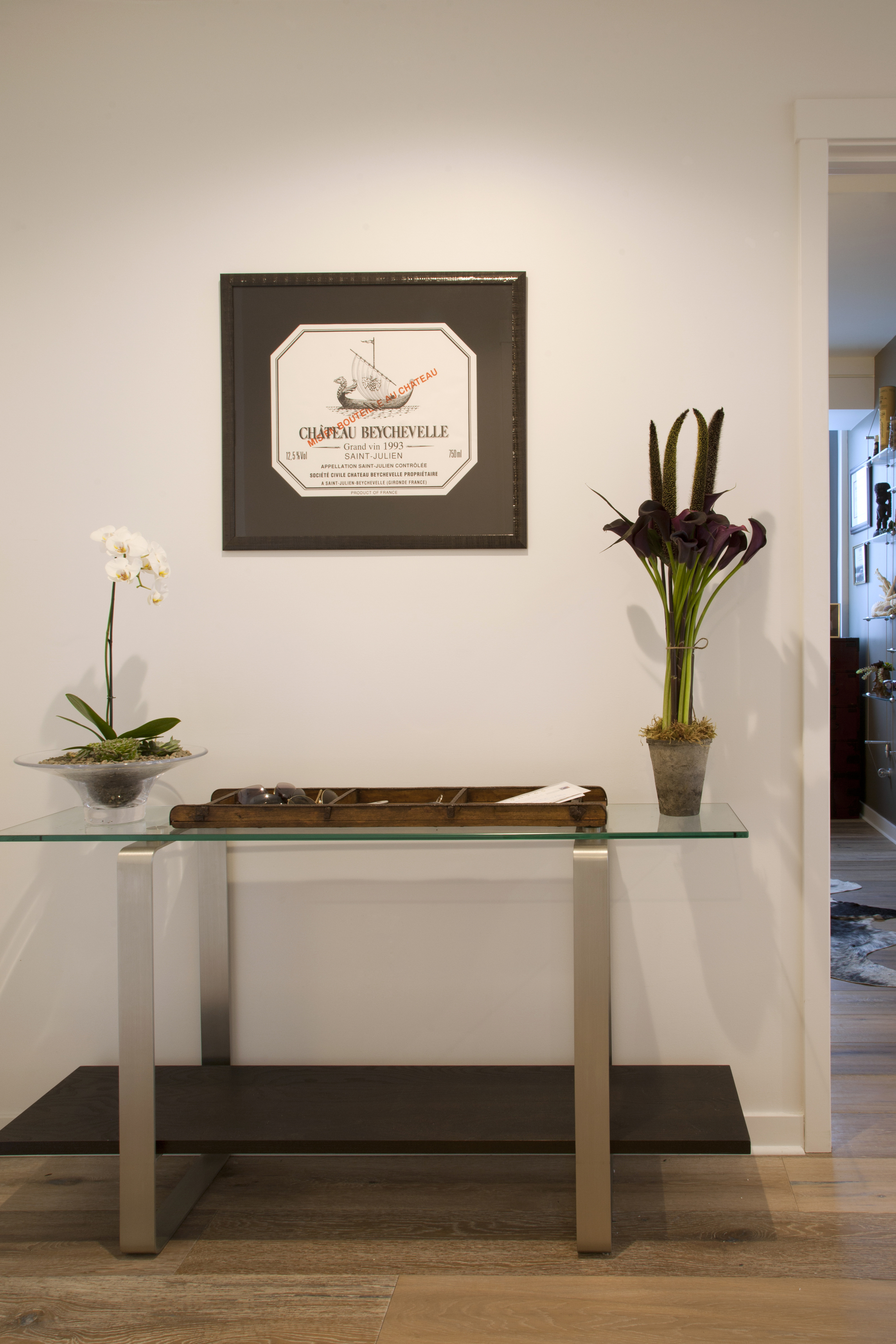 Hallway accent wall table
