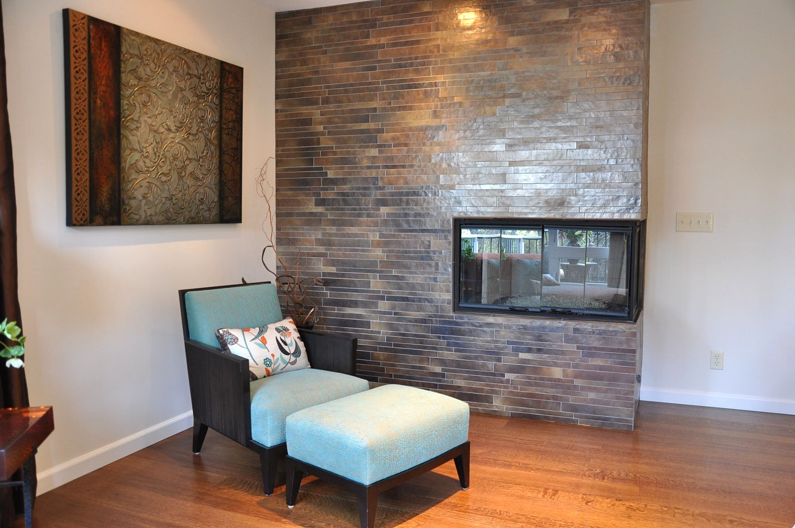 Master bedroom built in fireplace and lounge