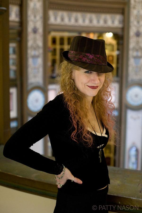 Jane-hat.jpg