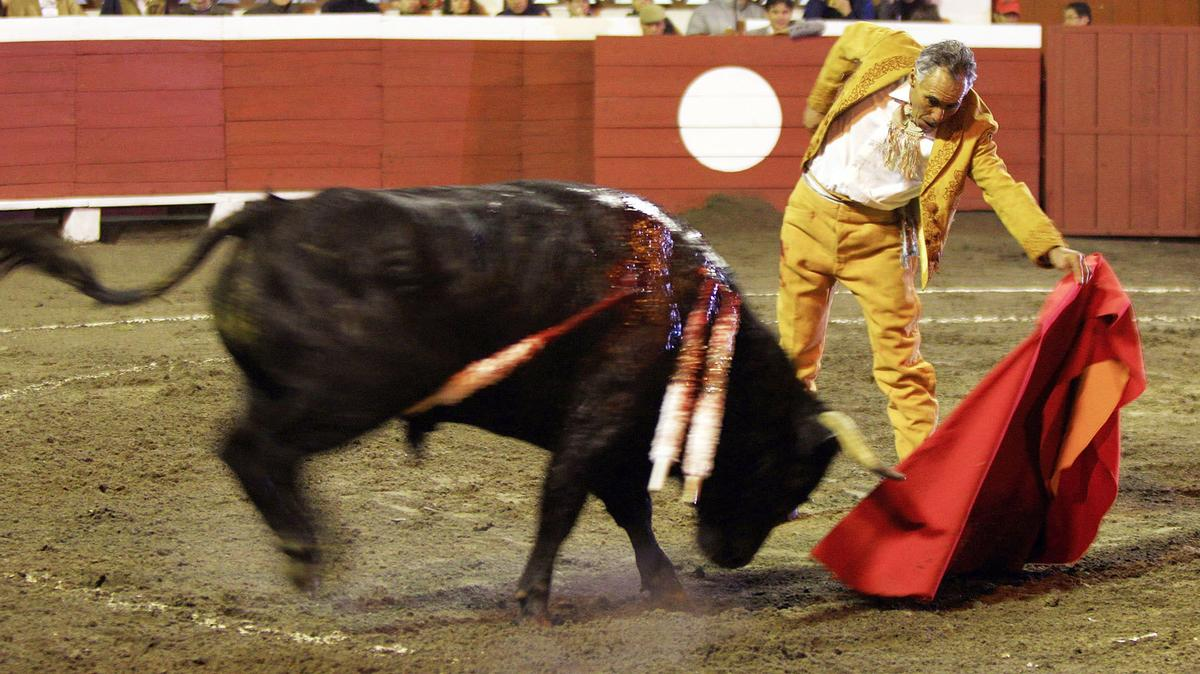 the-end-of-el-pana-one-of-bullfightings-oldest-most-controversial-matadors-1463771778.jpg