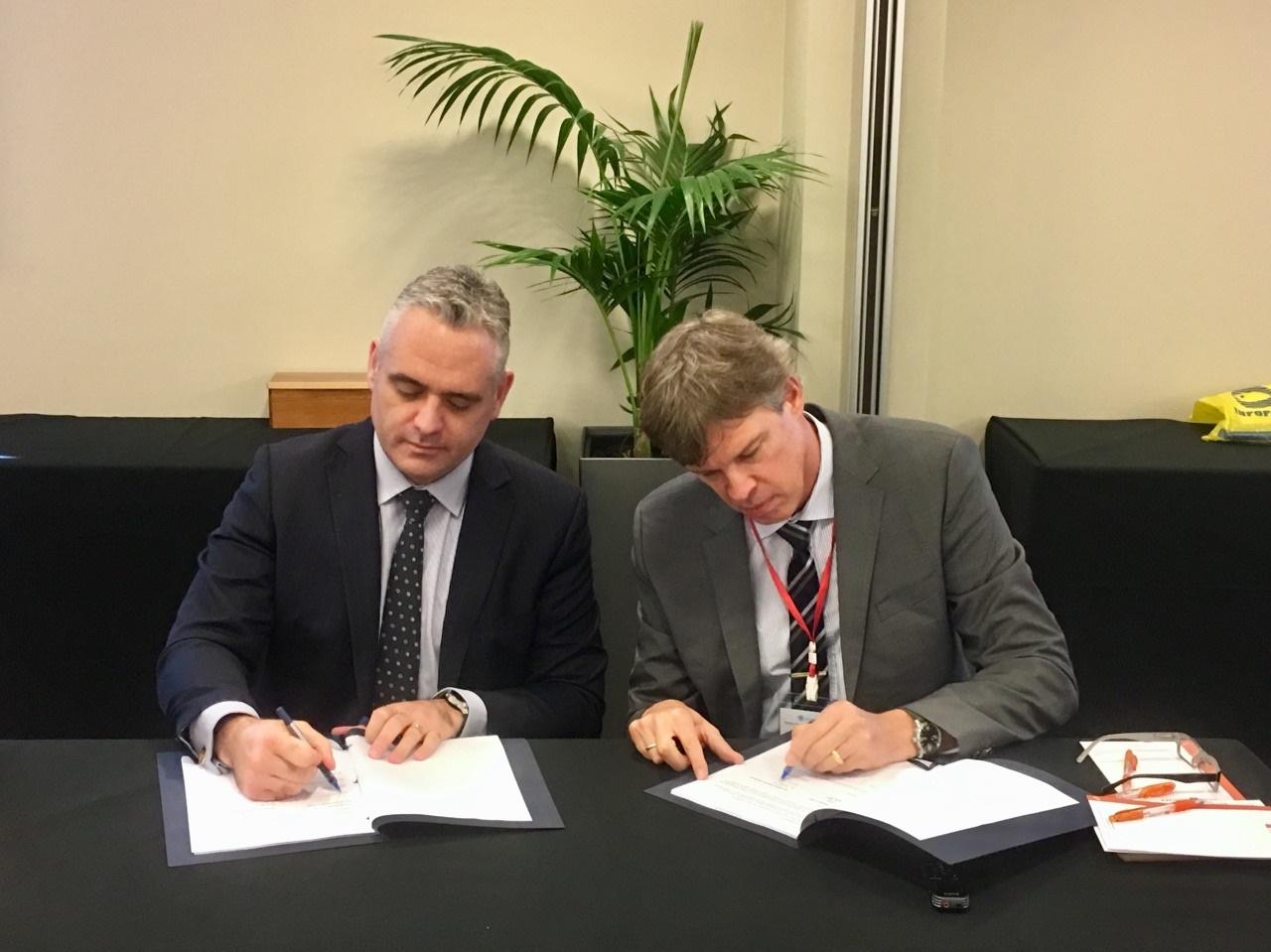 My mate Matt (right) the new FFA DDG starts with a biggie!