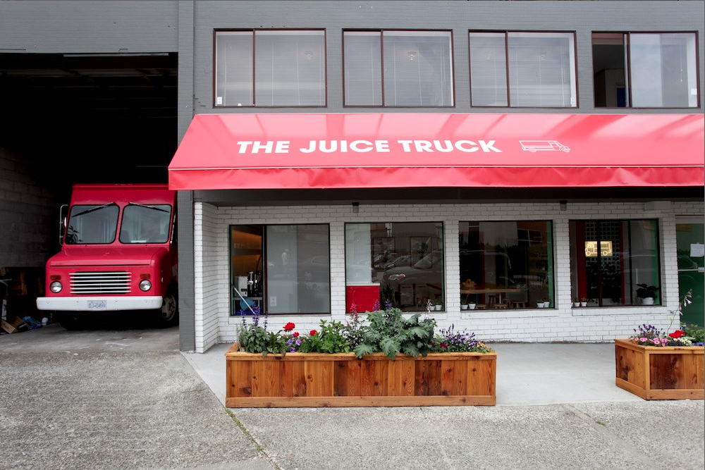 Juice+Truck+-+Front.png
