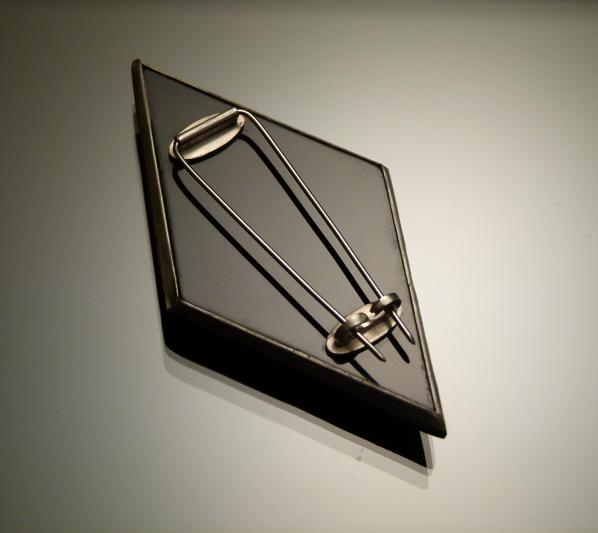 Black Diamond (back)