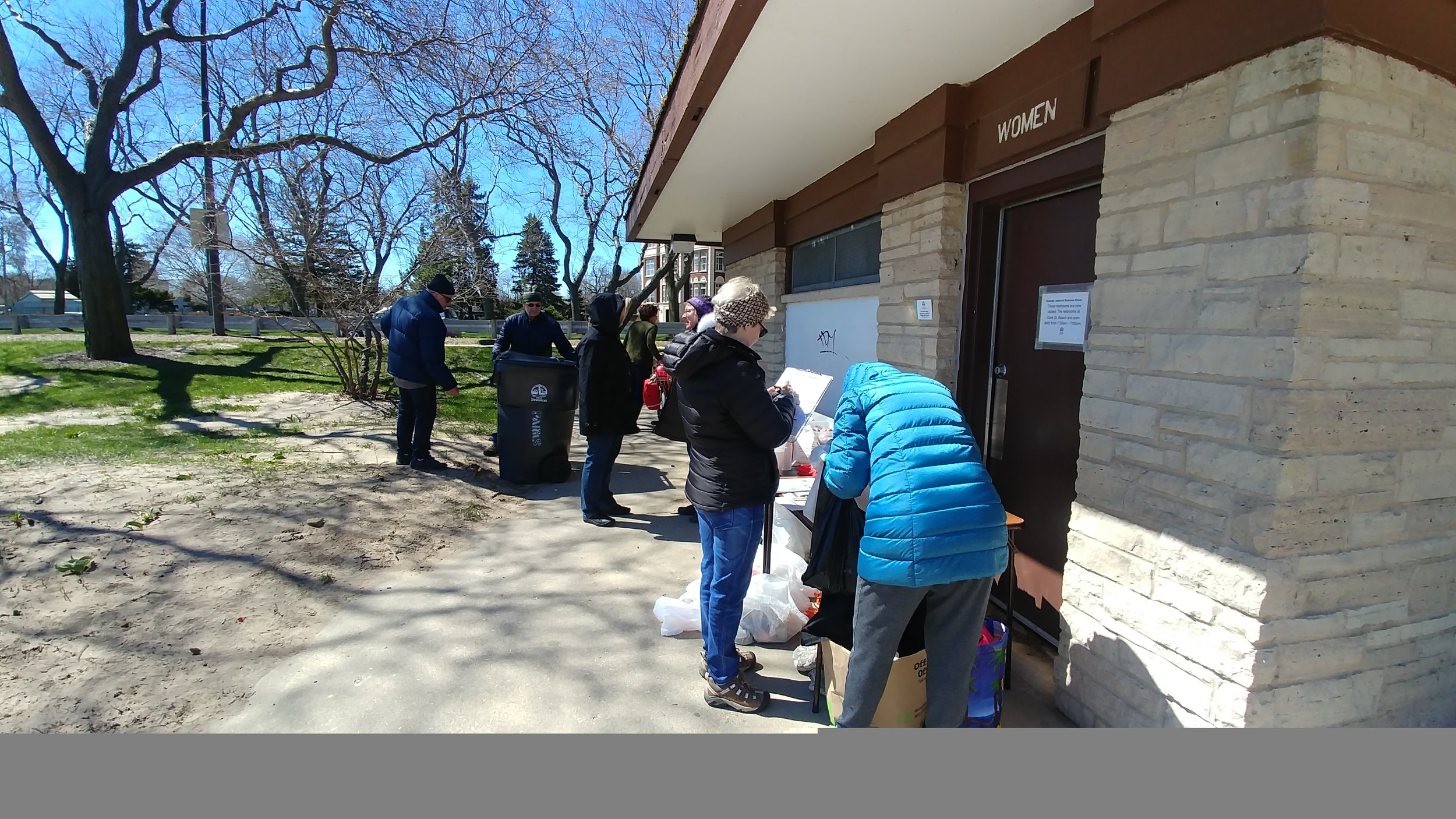 On April 20, 2019, SEA hosted an Adopt-a-Beach event at South Boulevard Beach. On this day, neighbors joined together to collect 23 pounds of litter. Litter data collected will be used by the Alliance for the Great Lakes to prevent pollution and make positive changes to protect our beaches and coasts.