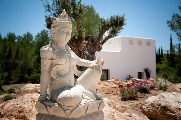 ibiza-statue.jpeg