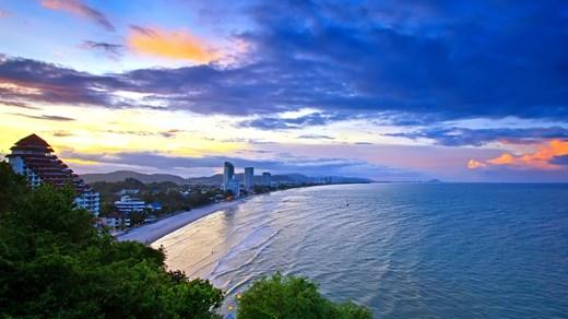 hua-hin-beach-sunset.jpeg