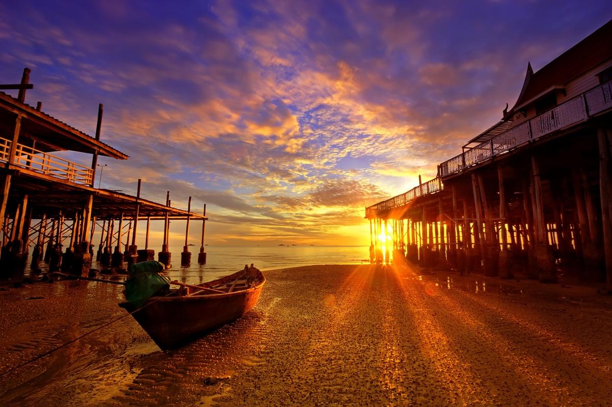 hua-hin-sunset-pier.jpg