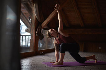 soulshine-yoga-teacher-french-alps.jpg