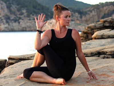 Rachel-Yoga-Teacher.jpg