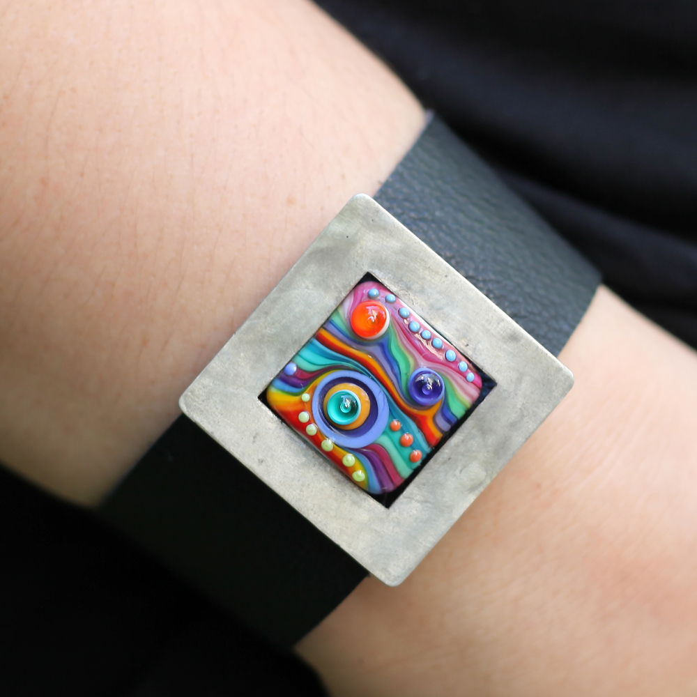 leather bracelet n2 2.jpg