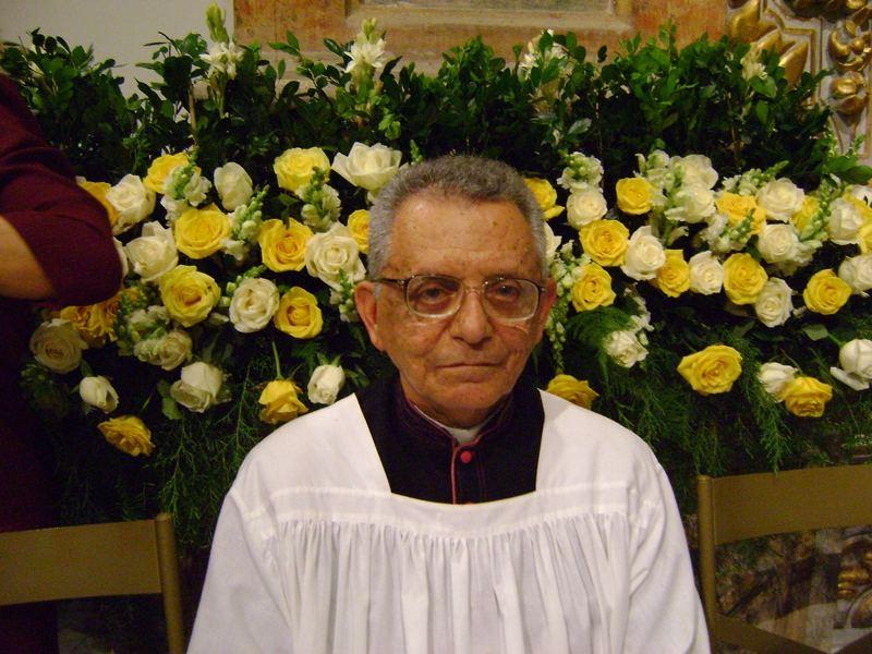 Monsenhor Edvaldo na posse de Dom Fernando Saburido