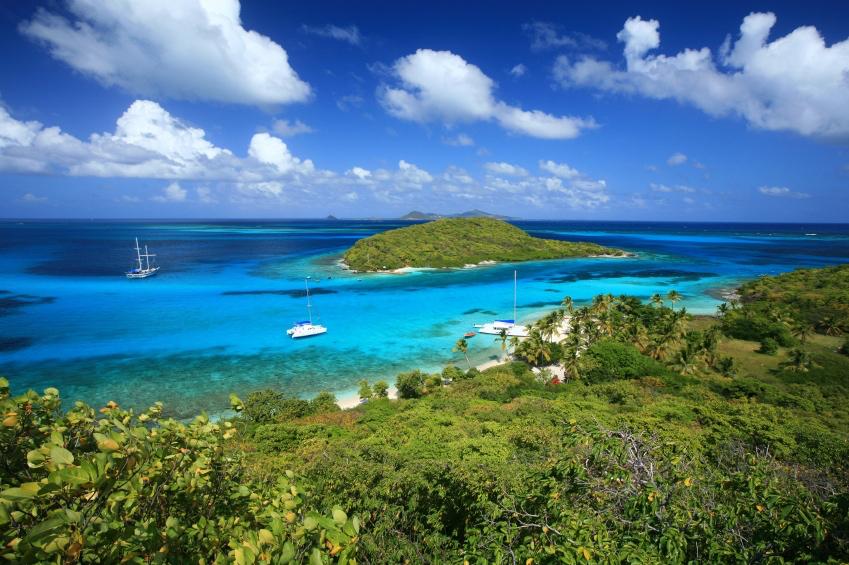 iStock_000011683830 Tobago Cays .jpg