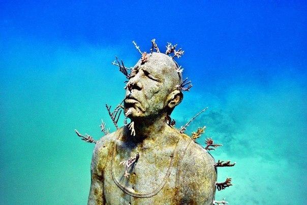 sculpture marine park grenada.jpg