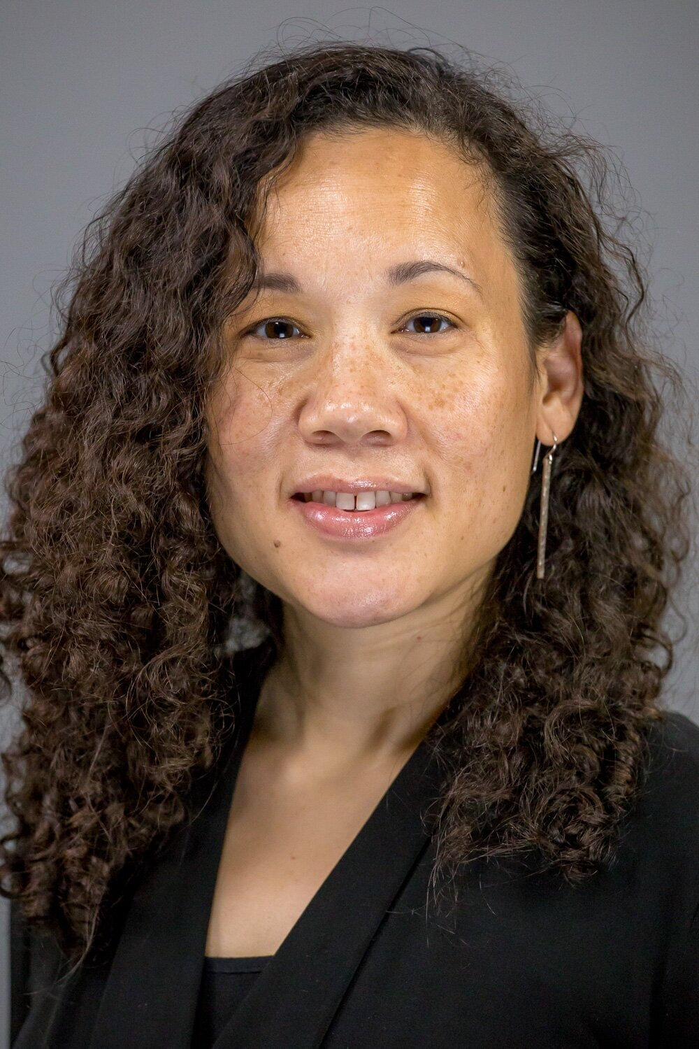 WILLOW S. LUNG-AMAM, PH.D. - Associate ProfessorUrban Studies and Planning ProgramUniversity of Maryland, College Park3835 Campus Drive, #1227College Park, Maryland 20742(301) 405 6289lungamam@umd.eduhttp://www.arch.umd.edu/ursp/faculty/willow-lung-amam