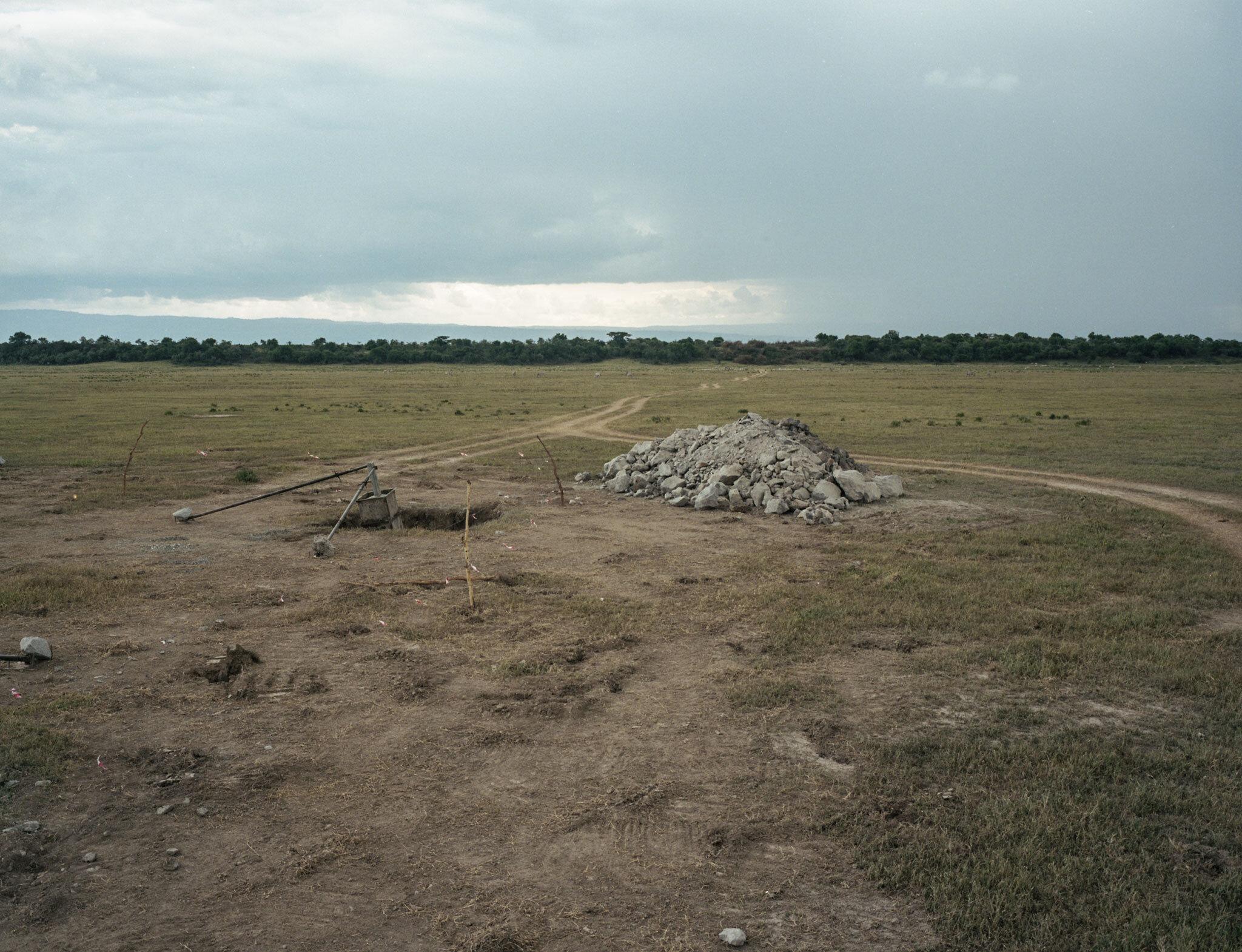 Pylon foundations, Soysambu