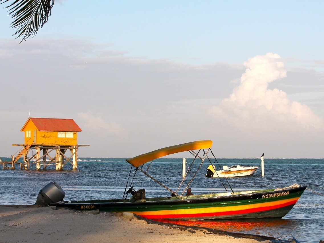 Caribbean Vacation - Belize Beach Resorts - All inclusive Vacation Packages - SabreWing Travel