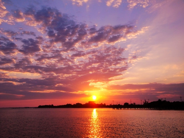 Belize Vacations - All Inclusive Caribbean Vacation Packages - SabreWing Travel - Sunset - Ambergris Caye