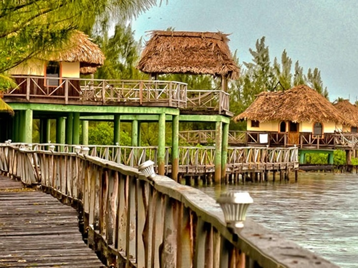 Thatch Caye - Belize Beach Resorts - All inclusive Vacation Packages - SabreWing Travel - Private Caribbean Island
