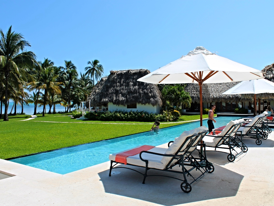 Victoria House - Belize Beach Resorts - Beach Luxury - All inclusive Vacation Packages - SabreWing Travel - Ambergris Caye