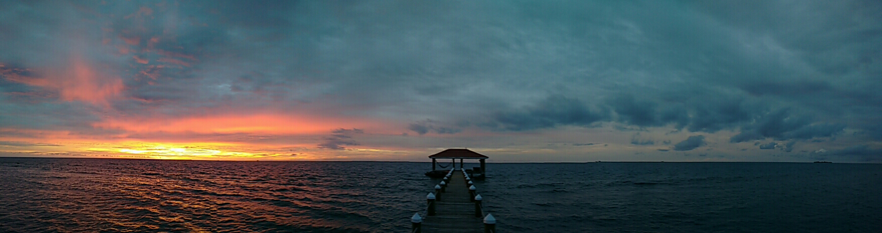 Sunrise on Hatchet Caye, Belize