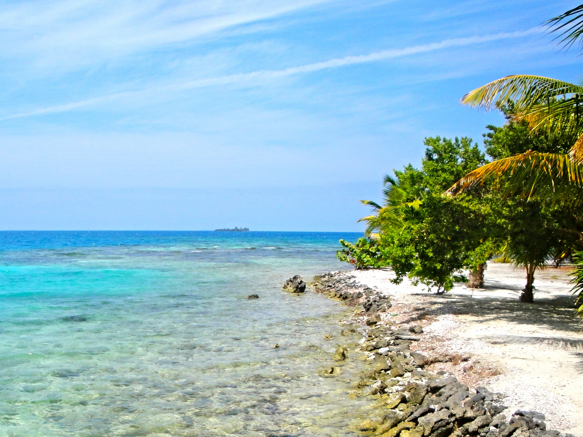 Stop at a remote Caye for a picnic while out on a snorkel or fishing trip