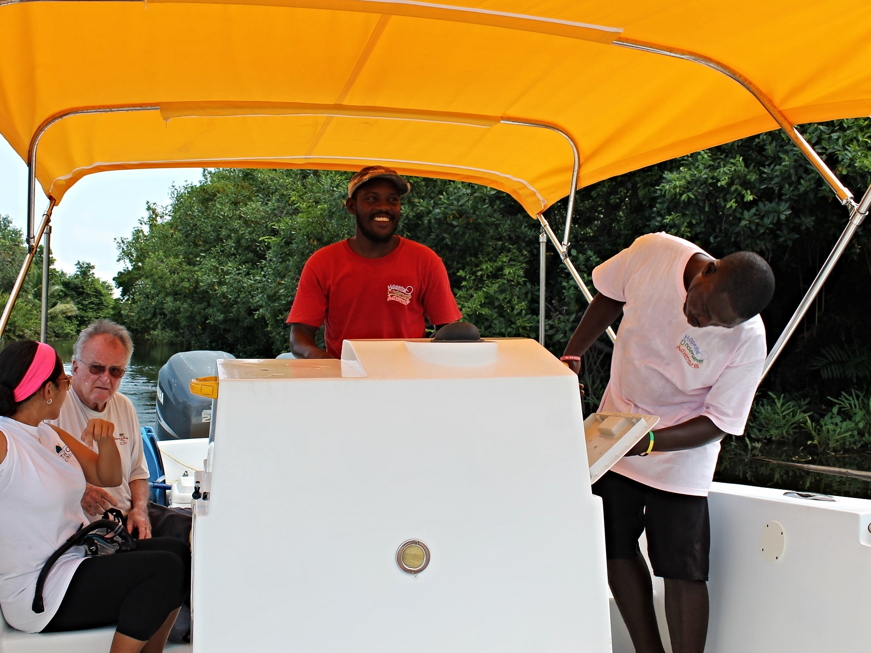 Get out to Cayes on a private boat or water taxi with your friendly boat Captain at the helm.
