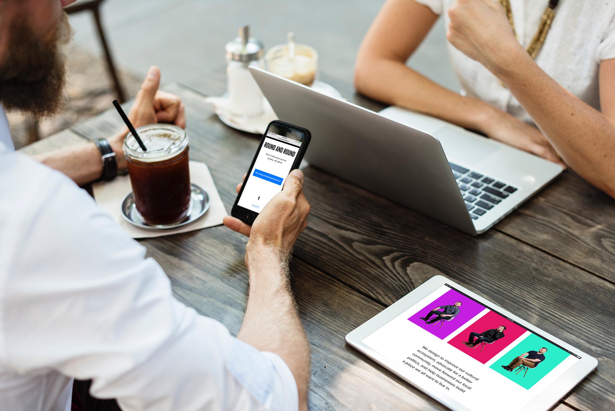R-R-R_iPhoneiPad_TableSetting.jpg