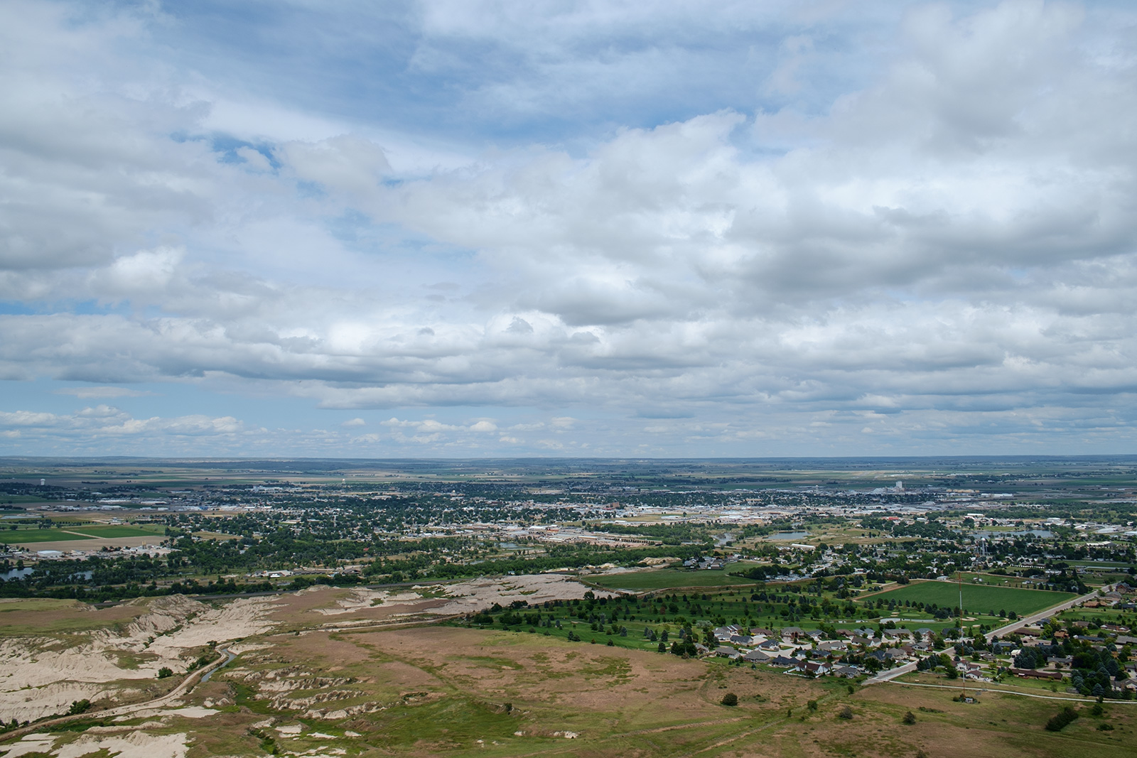 view from Scottsbluff National Monument