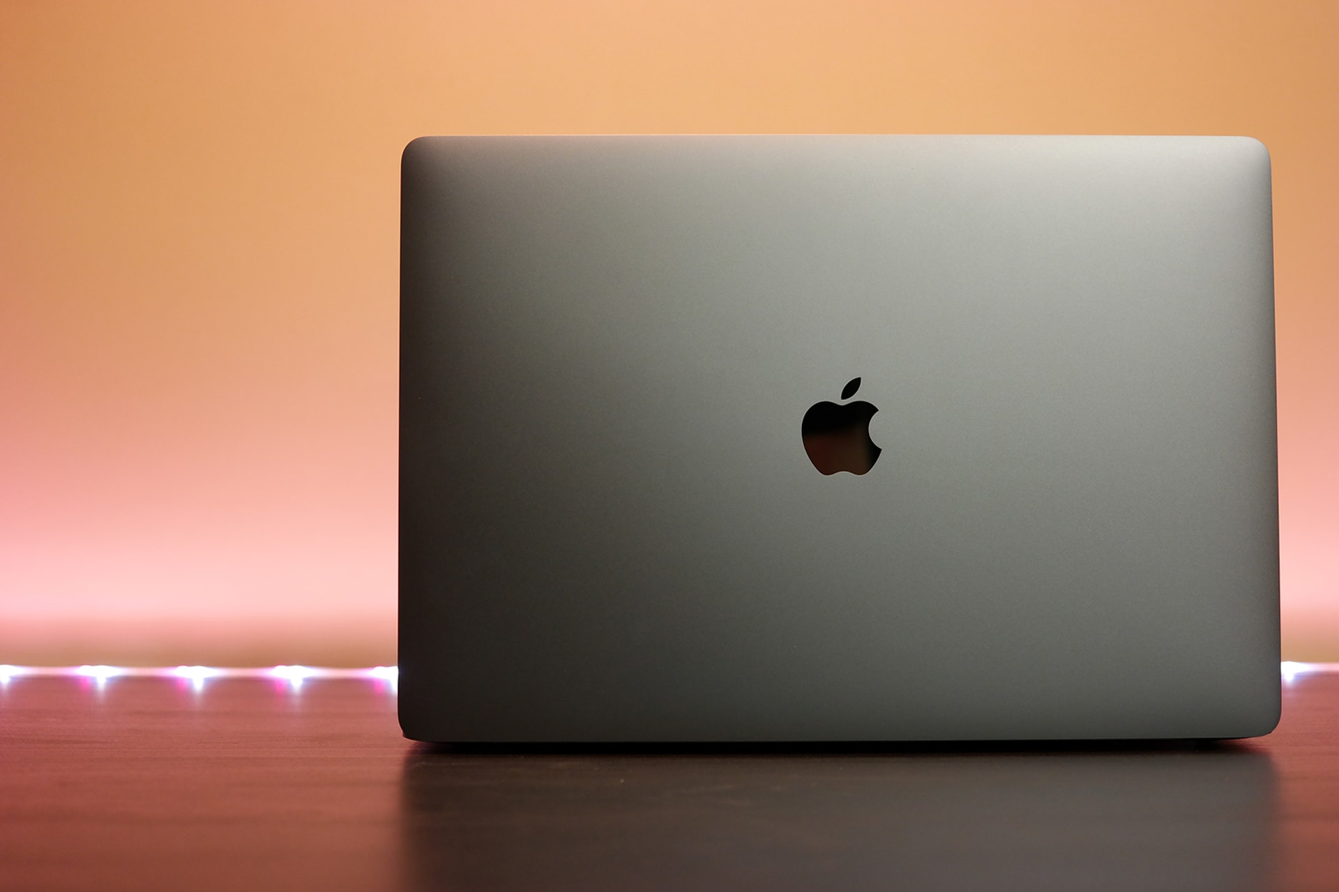 15-inch MacBook Pro with Touch Bar in Space Gray (2016 model)