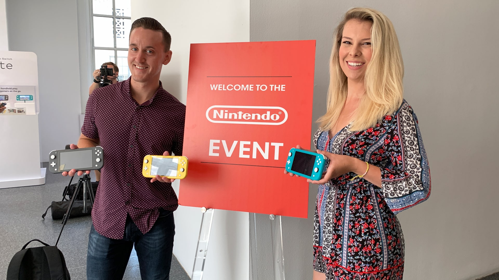 R19-Nintendo-Switch-Lite-Preview-Event-1920x1080.jpg